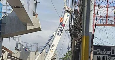 4 injured in metal frame collapse in skyway project in Muntinlupa City